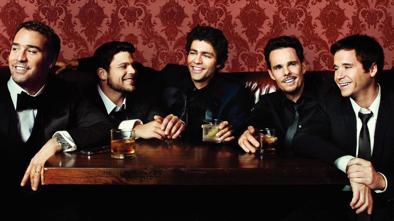 The Entourage Movie: An Awfully Overhyped, Plot-Less, Star-Studded (Amazingly Awesome) Swing and A Miss