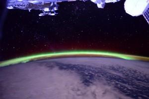 green-auroras-virts-iss